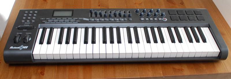 clavier midi m audio axiom 49 petite annonce trocmusic. Black Bedroom Furniture Sets. Home Design Ideas