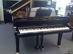 piano a queue yamaha c3 occasion petite annonce trocmusic. Black Bedroom Furniture Sets. Home Design Ideas