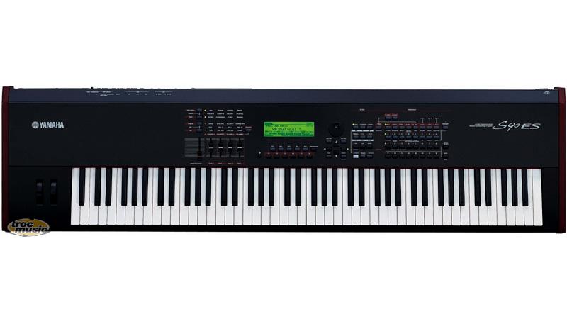 clavier yamaha s90 es 88 touches petite annonce trocmusic. Black Bedroom Furniture Sets. Home Design Ideas