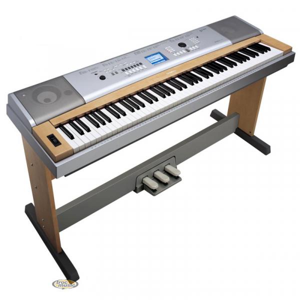 photo piano yamaha dgx 630 88 touches instruments de musique annonce trocmusic. Black Bedroom Furniture Sets. Home Design Ideas