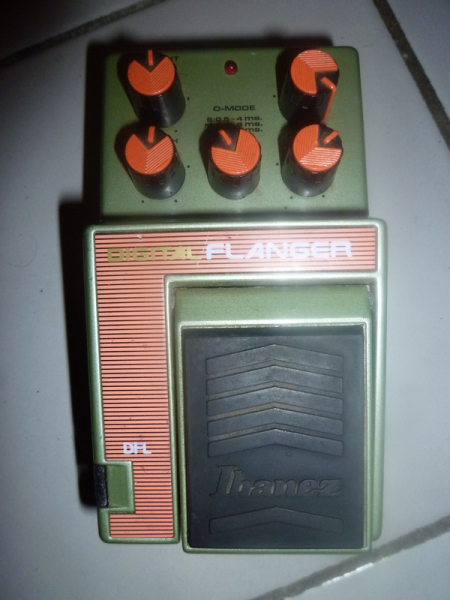 Photo : FLANGER  IBANEZ   DFL COLLECTOR