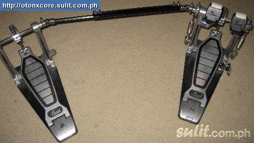 Photo : Double pedale Pearl POWERSHIFTER + sacoche
