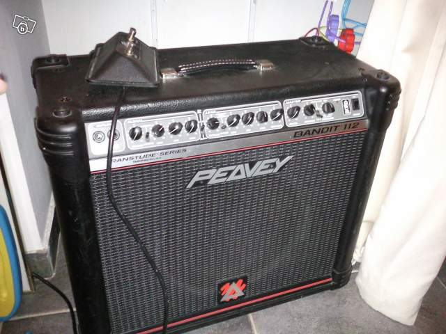 Photo : Peavey Bandit 112