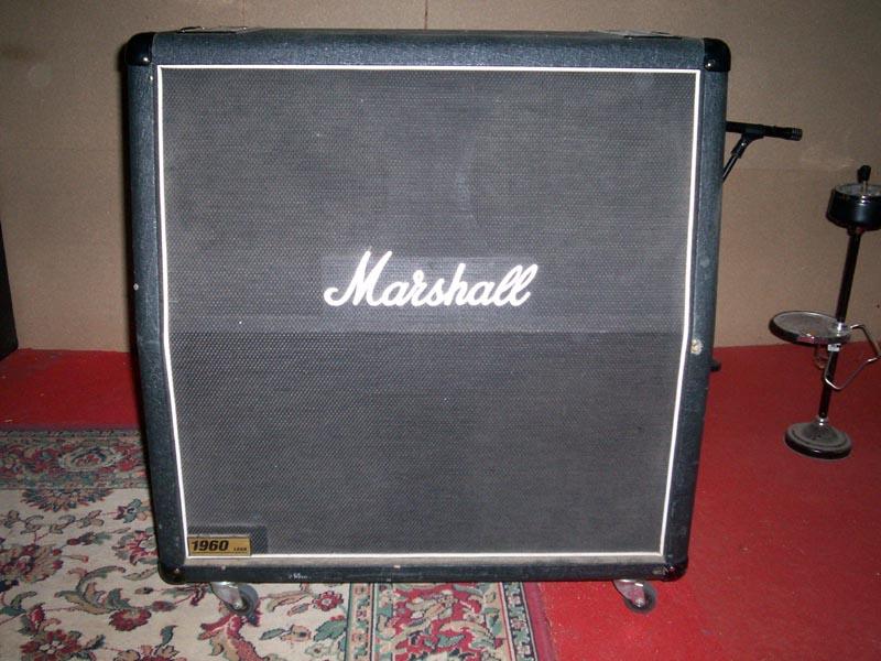 Photo : Baffle MARSHALL 1960 lead de 2006