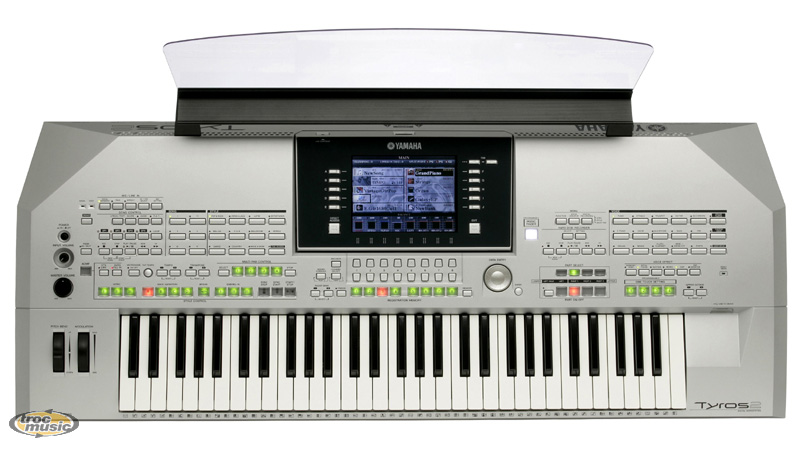 Photo : Yamaha    Tyros   2 + 1000 orchestrations