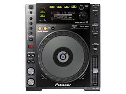 Photo : Pioneer CDJ 850 K x2 + DJM 700 s