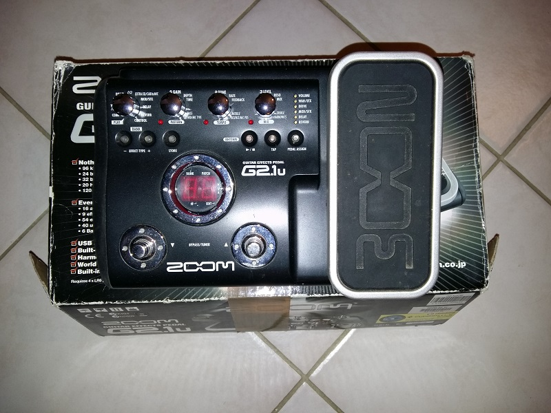 Photo annonce ZOOM      G2    1U effets guitare