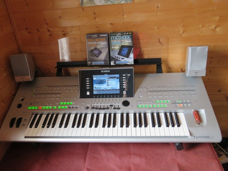 Photo annonce Yamaha   Tyros   3 XL + TRSMS02