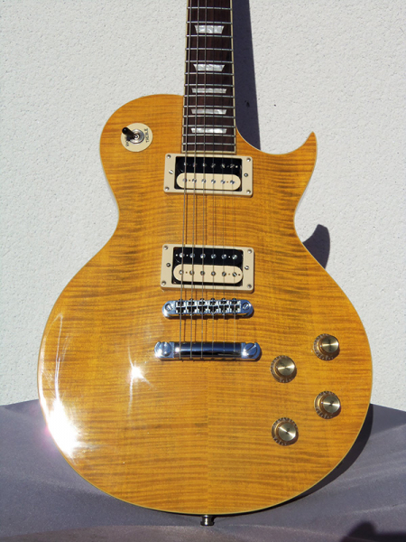 Photo annonce Guitare VINTAGE V100 AFD Paradise upgradee