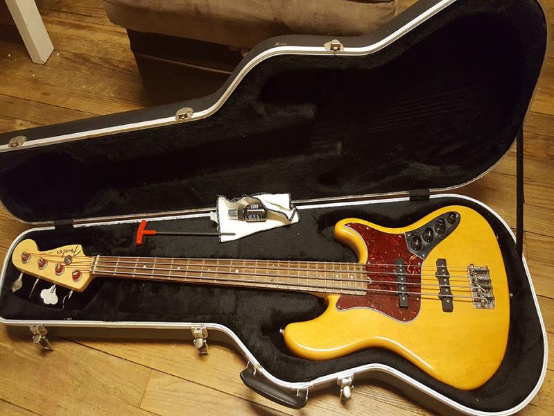 Photo annonce Fender Jazz Bass american deluxe de 2006