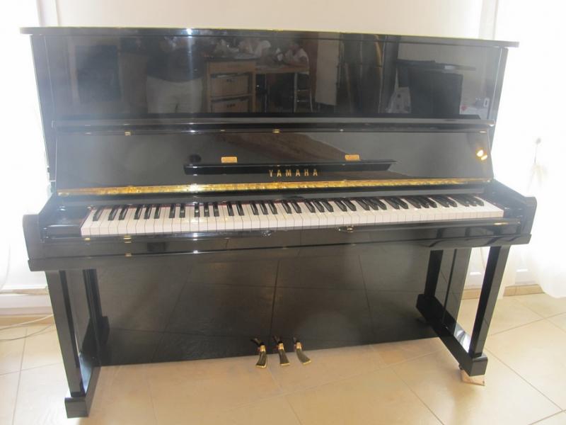 Photo annonce Piano droit Yamaha U1