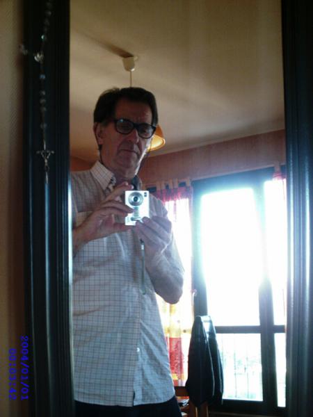 Photo : Clavier propose chansons francaises
