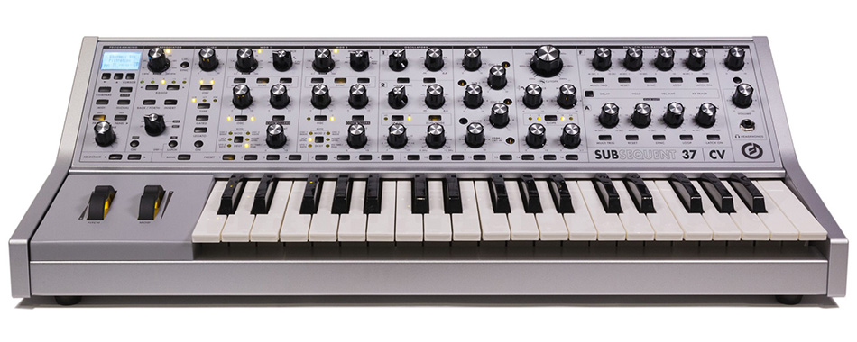 Photo annonce MOOG      SUB    37 CV + flight case