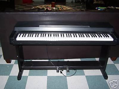 Yamaha clavinova clp 350 petite annonce trocmusic for Yamaha clavinova clp 350