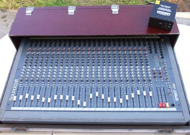 Console analogique soundcraft petite annonce trocmusic - Console analogique occasion ...