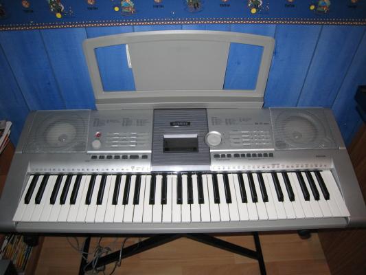 clavier arrangeur yamaha psr 295 petite annonce trocmusic. Black Bedroom Furniture Sets. Home Design Ideas