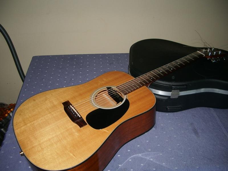 guitare folk martin d18 petite annonce trocmusic. Black Bedroom Furniture Sets. Home Design Ideas