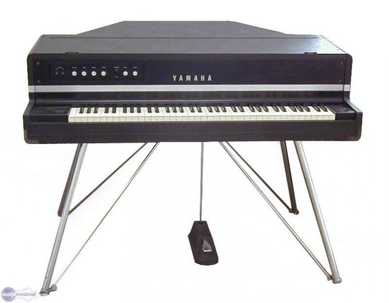 piano electro acoustique yamaha cp 70 petite annonce trocmusic. Black Bedroom Furniture Sets. Home Design Ideas