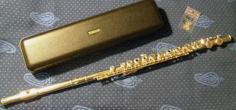 flute traversiere yamaha occasion flute traversier. Black Bedroom Furniture Sets. Home Design Ideas