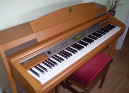 piano numerique yamaha clp 270 petite annonce trocmusic. Black Bedroom Furniture Sets. Home Design Ideas