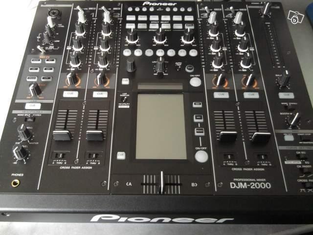 Table de mixage pioneer djm 2000 petite annonce trocmusic - Table de mixage pioneer djm 2000 ...