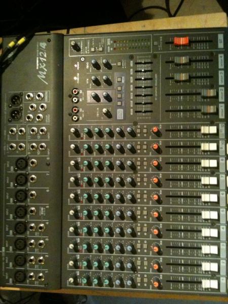 Table De Mixage Yamaha Mx12 4 Petite Annonce Trocmusic
