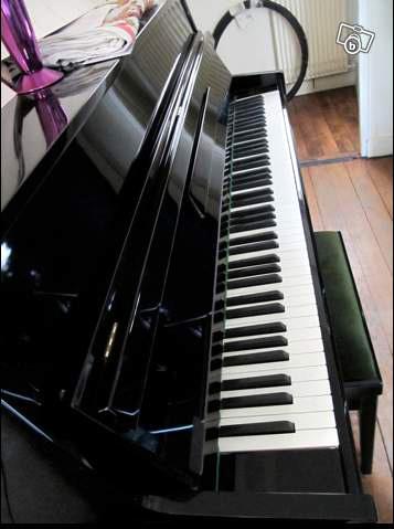 Photo annonce Piano    droit    Mussard de 1996