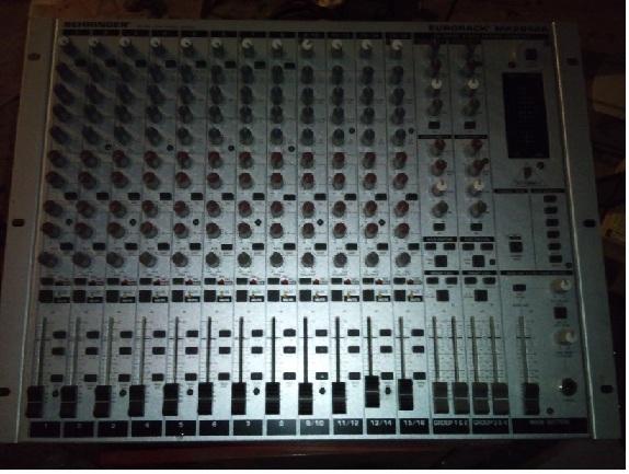 Behringer Eurorack Mx2642a Table De Mixage Petite Annonce Trocmusic